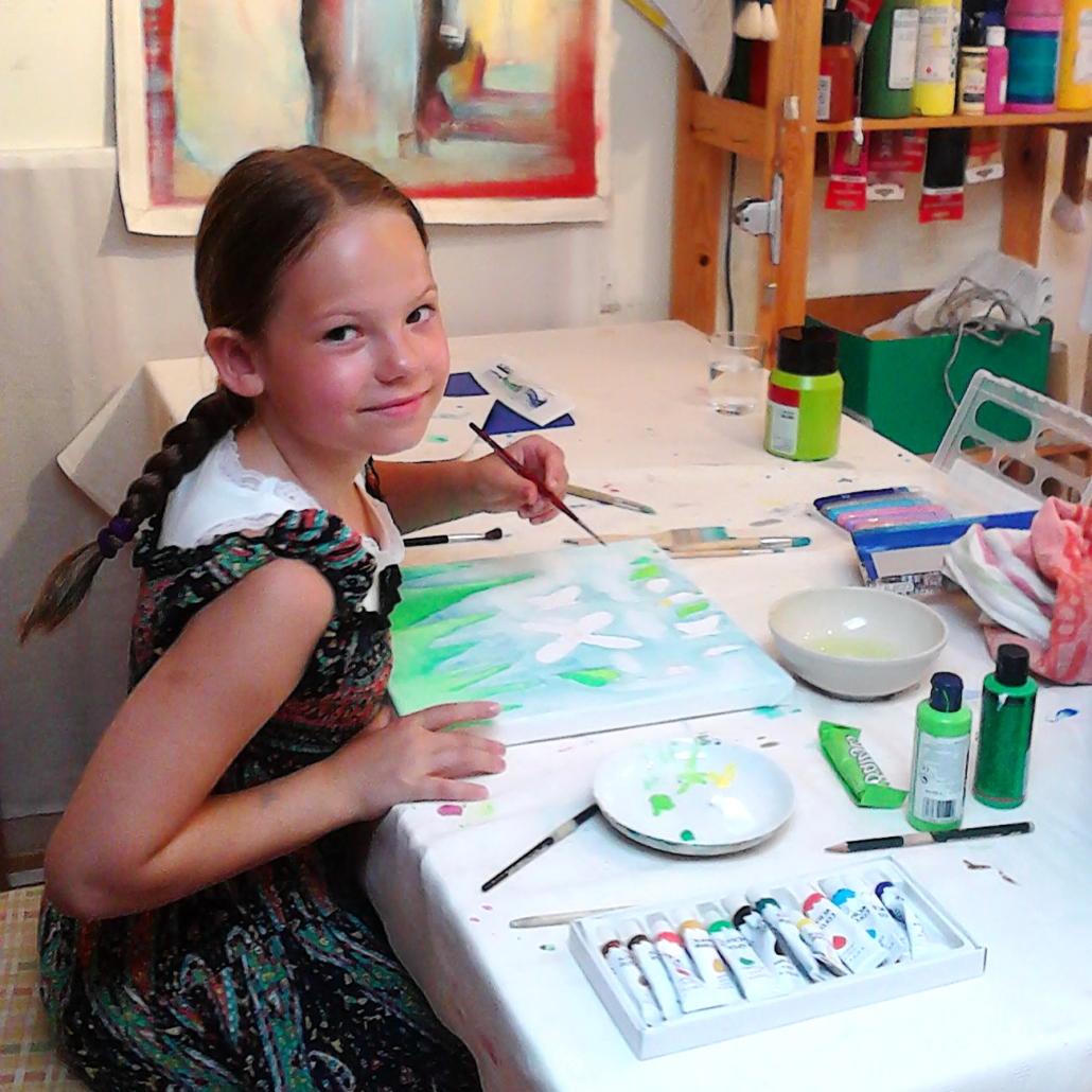 hochmotivierte junge Künstlerin